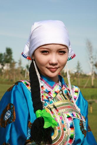 国际蒙古族服装服饰邀请赛在锡林郭勒盟举办图片