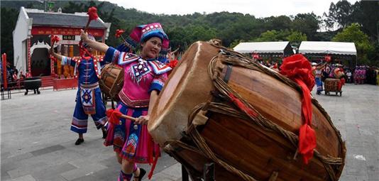 百色市布洛陀民俗文化旅遊節舉行